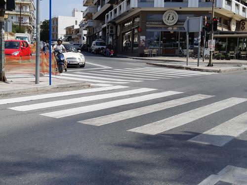 Έργα σήμανσης στους δρόμους για την ασφάλεια των πεζών υλοποίησε ο Δήμος Ηρακλείου