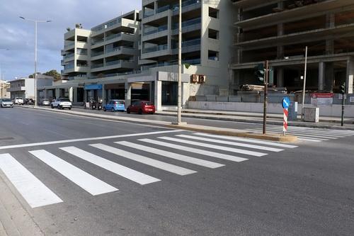 Διαγραμμίσεις με νέο υλικό στους κόμβους της πόλης του Ηρακλείου