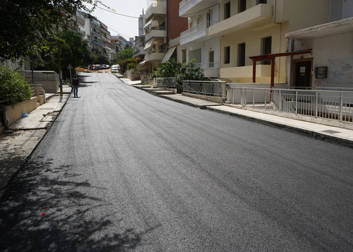 The Municipality of Heraklion is implementing the program of asphalt paving and rural road construction amounting to 66 million euros